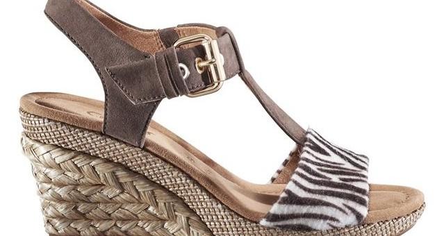 Für alle Mutigen im März! Die sexy Sandale für Jeans & Rock.